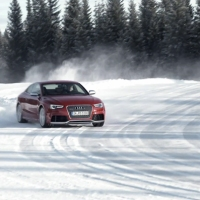 Snow and Ice Driving: Audi RS5