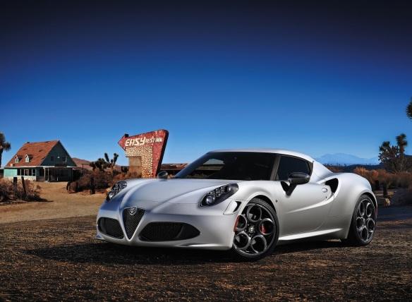 Alfa_Romeo-4C_2014_front