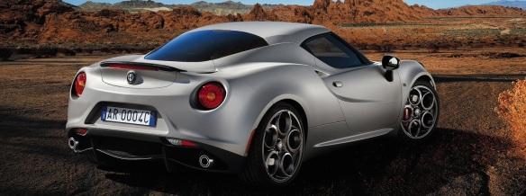 Alfa_Romeo-4C_2014_rear