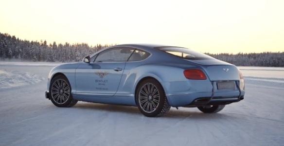 Bentley-Continental_GT_2012 drifting back