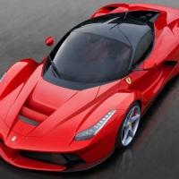 Ferrari Commercial: LaFerrari