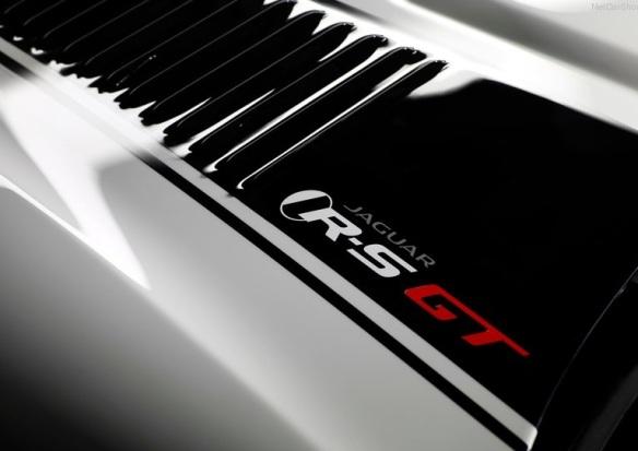 Jaguar-XKR-S_GT_2014_Hood