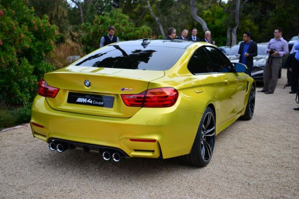 BMW Conce M4 coupe Back