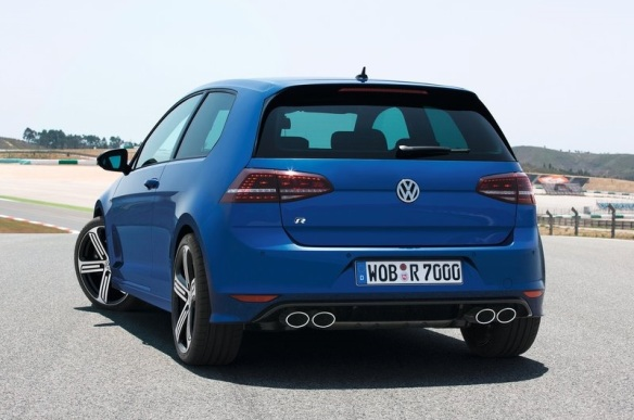 Volkswagen-Golf_R_2014 Rear