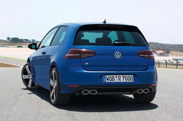 Volkswagen-Golf_R_2014 Rear