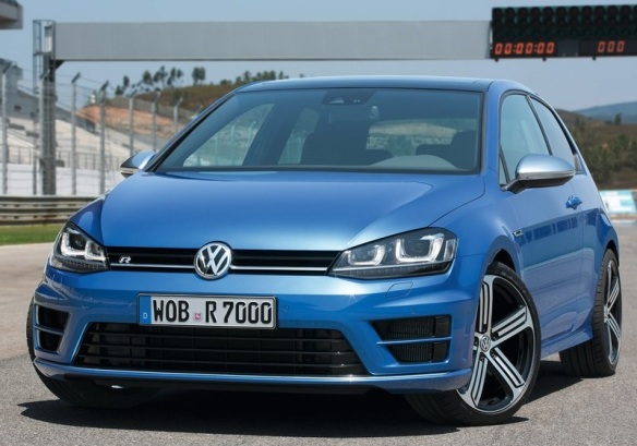 Volkswagen-Golf_R_2014