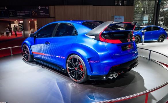 Honda-Civic-Type-R-Concept-II-at-Paris-Motor-Show-2014-6